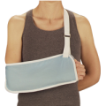 20720153344DeRoyal_Narrow_Pouch_Arm_Sling_with_Buckle_Closure